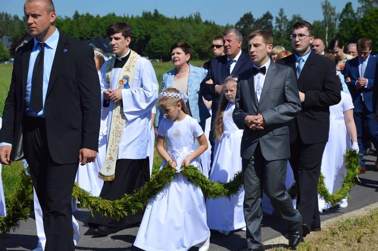 Ksiądz Tymoteusz Szydło, syn byłej premier Beaty Szydło rezygnuje z kapłaństwa. Wierni i duchowni są zaskoczeni