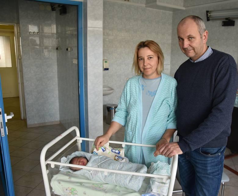 Alanek Siuda urodził się w Szpitalu powiatowym w Chrzanowie. Chłopczyk waży 3560 gramów i ma 54 cm.