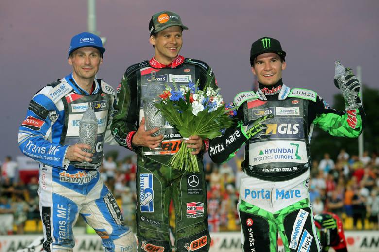 Janusz Kołodziej odniósł swoje pierwsze w karierze zwycięstwo w zawodach żużlowego Grand Prix. W sobotni wieczór Polak triumfował w Pradze. Obok niego