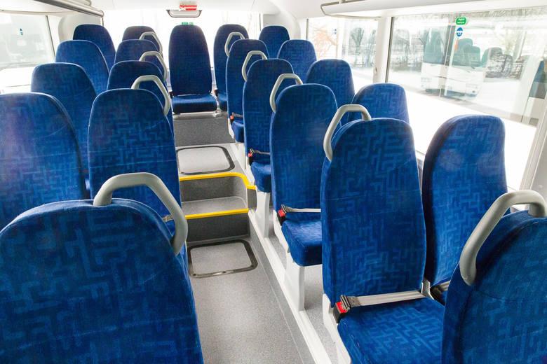 Flota PKS Białystok została wzbogacona o 8 autobusów MAN Lion's Intercity łączących w sobie komfort, funkcjonalność oraz wysokie bezpieczeństwo. Każdy z nich ma 49 wygodnych siedzeń oraz 31 miejsc stojących. Każdy z pojazdów kosztował około 600 tys. złotych.<br /> <br /> [b]Bądź na bieżąco....