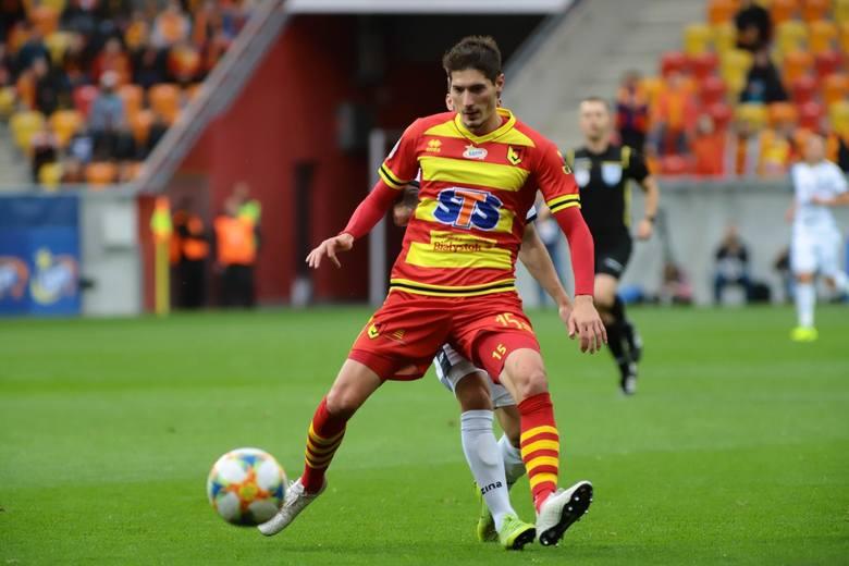 Do Jagiellonii trafił w przerwie zimowej sezonu 2018/19. Oprócz prawek obrony grał również na środku, a nawet na lewej obronie.