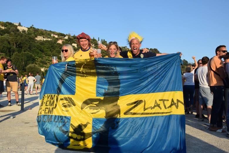 Wyznawcy Zlatana przed meczem Szwecja - Belgia [ZDJĘCIA]