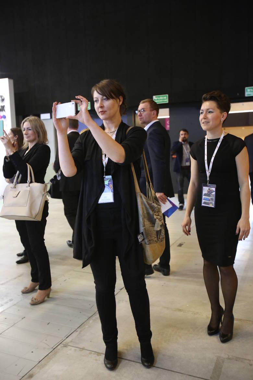 Tak ubierają się dziś nowoczesne bizneswoman w stylu smart casual ZDJĘCIA EKG 2017 Katowice