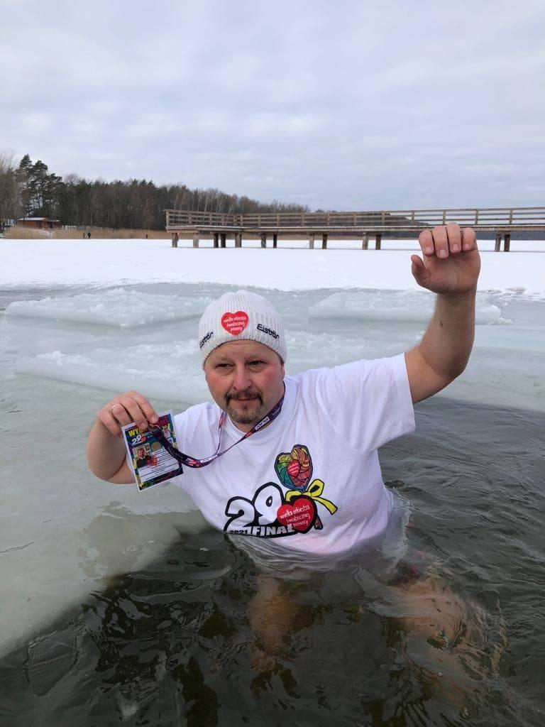 Zumba, śmigus-dyngus, a nawet... wesele. Zobacz, jak morsy bawiły się tej zimy w Kujawsko-Pomorskiem!