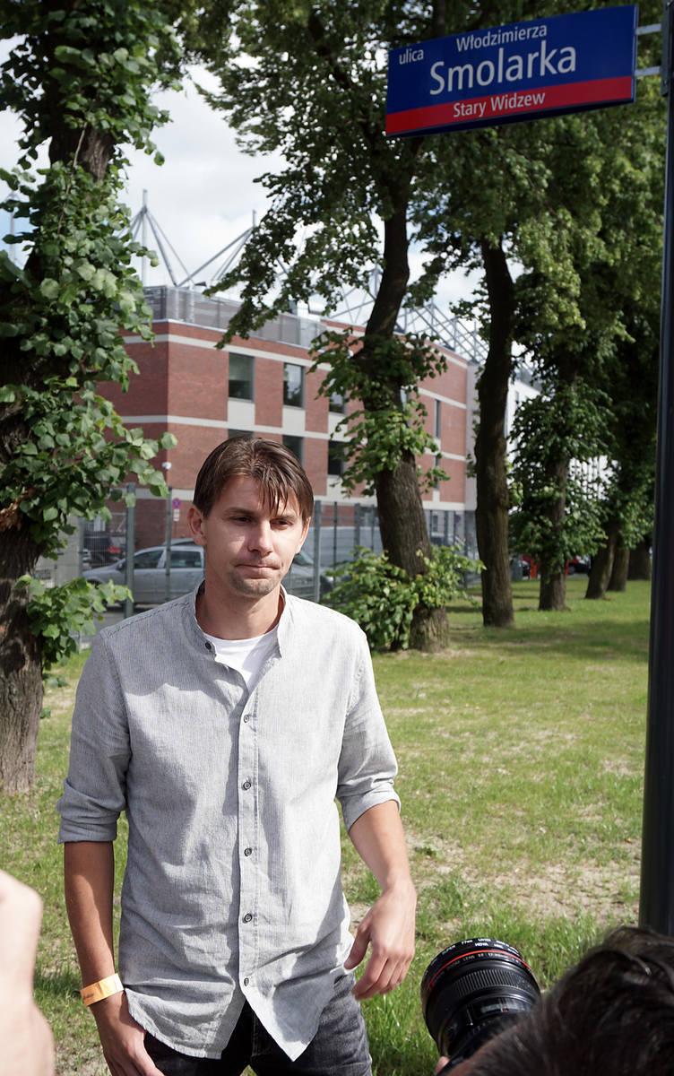 Urodzony w Łodzi piłkarz grał głównie za granicą. Z wielkim powodzeniem występował w Borussii Dortmund i Feyenoordzie Rotterdam.W reprezentacji Polski