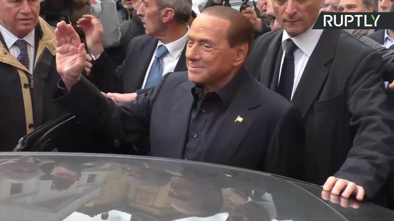 """AC Milan sprzedany! Po 31 latach Berlusconi opuszcza """"Rossonerich"""""""