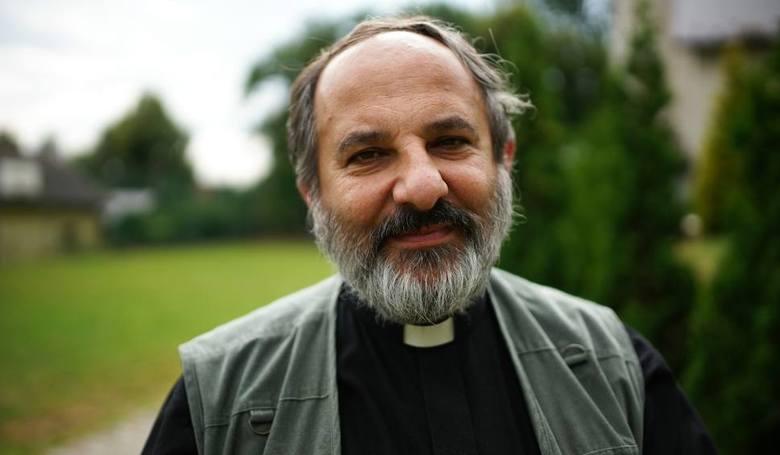 Ksiądz Isakiewicz-Zaleski znany jest w kontrowersyjnych wypowiedzi i publikacji. Tym razem naraził się tarnowskiej kurii