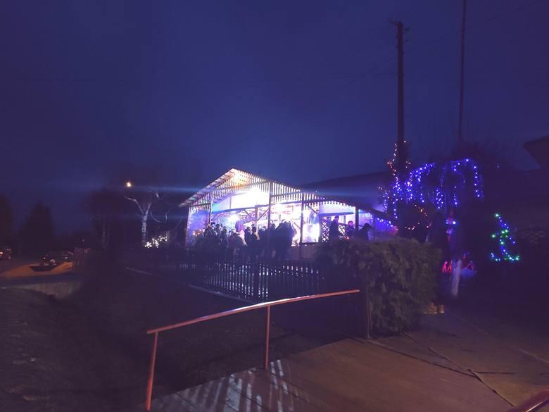 Niezwykła ruchoma szopka w Różance k. Strzyżowa. Tłumy przychodzą, by ją zobaczyć [ZDJĘCIA]