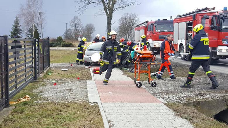 Wypadek na DK 7 pod Michałowicami