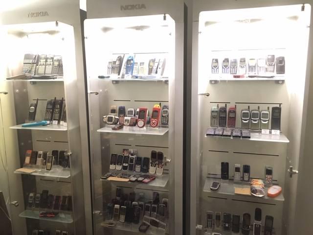 Zdjęcia z bydgoskiego Muzeum Telefonów Komórkowych.