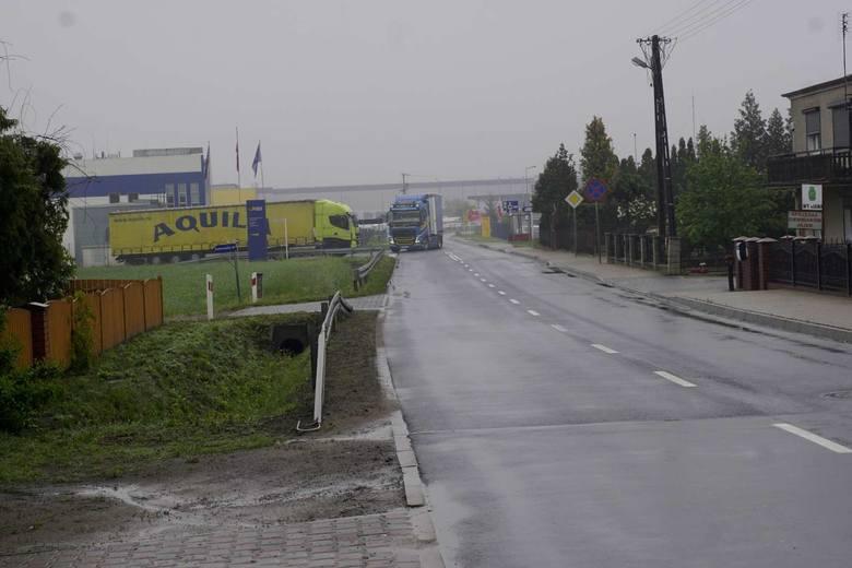 Ministerstwo Infrastruktury wycofało zgodę na dofinansowanie dróg w powiecie poznańskim, gostyńskim, szamotulskim, w gminach Tarnowo Podgórne i Czerwonak.