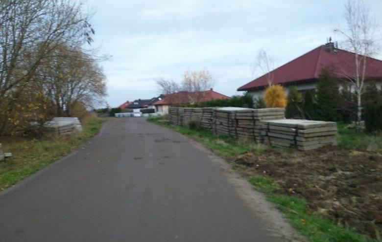 Na osiedlu Unii Europejskiej w Koszalinie powstaje nowa droga [ZDJĘCIA]