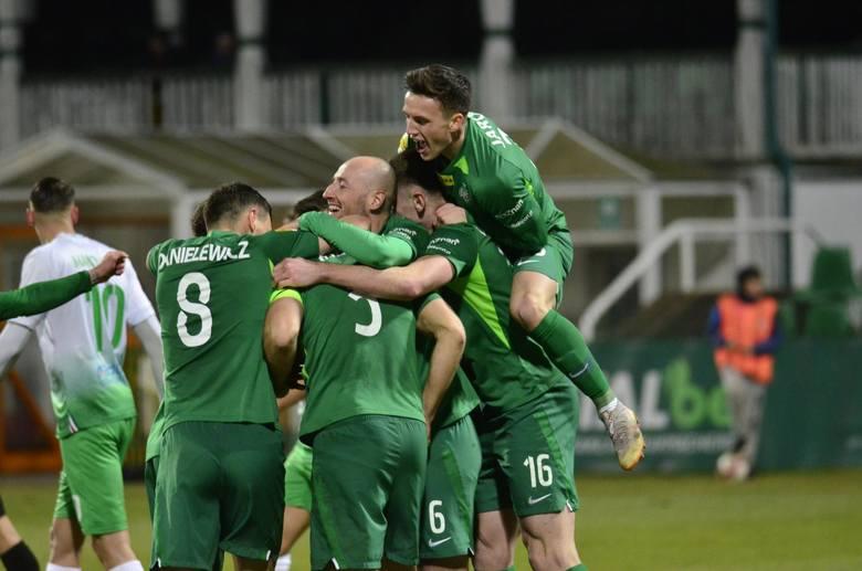 Zieloni rozpoczęliby wtedy od wyjazdowego meczu z GKS-em Jastrzębie, a rezerwy Kolejorza od domowego starcia z Garbarnią Kraków.