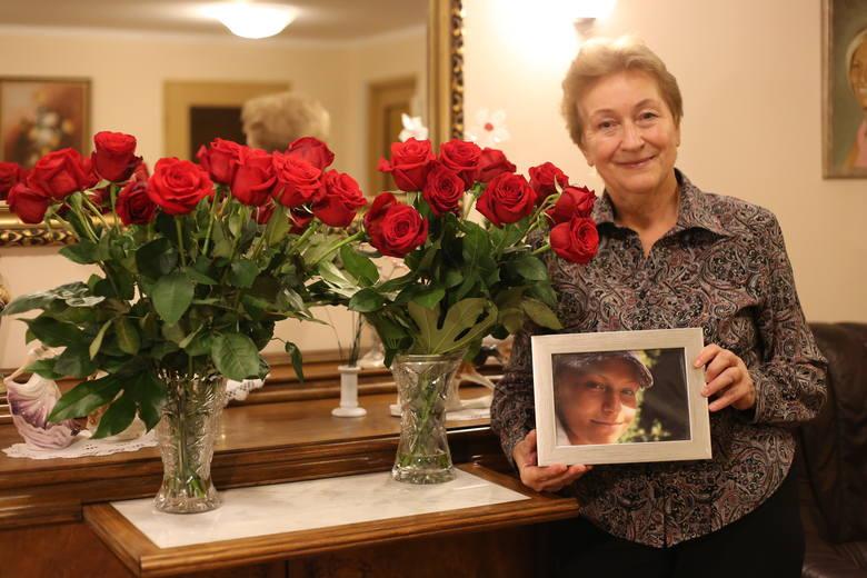 """Janina i Witold, rodzice Ani Seweryn, która dziesięć lat temu poruszyła tysiące serc. Jej nie udało się uratować, zmarła, ale """"jej"""" dawcy ratują innych chorych"""