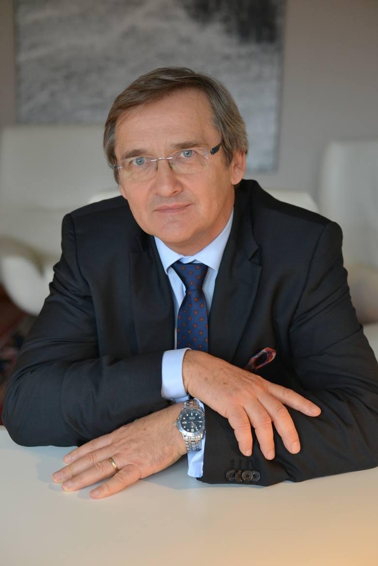 M. Hamankiewicz: Trzeba odciążyć lekarzy od papierologii. Niech tylko leczą i operują chorych