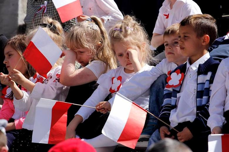 W Miechowie wspólnie śpiewali pieśni patriotyczne