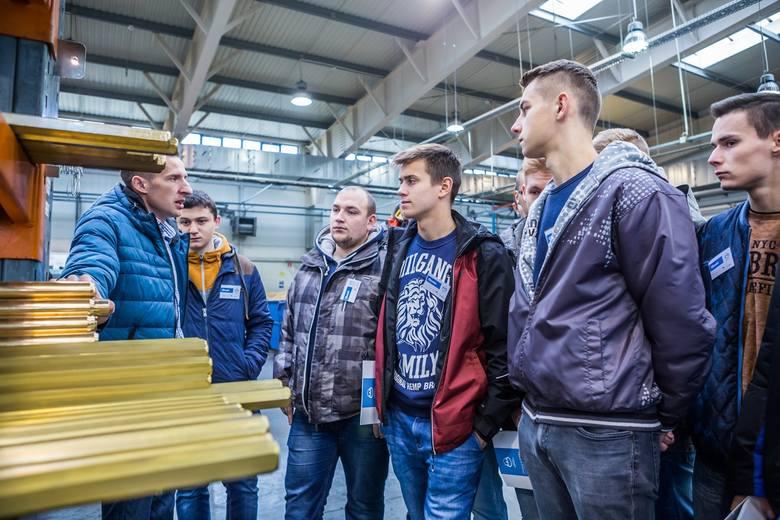 W ZSZ nr 2 w Białymstoku ruszyła nowa klasa pod patronatem białostockiej firmy KAN, producenta instalacji wodnych i grzewczych