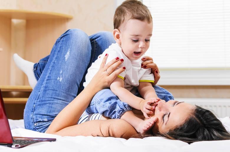 Kto zamierza pójść na urlop rodzicielski musi złożyć u pracodawcy pisemny wniosek.