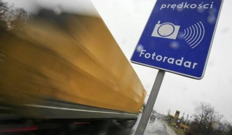 Mapa fotoradarów w Polsce to narzędzie przydatne dla kierowców. Gdzie są fotoradary w województwie podlaskim, które najczęściej łapią kierowców przekraczających