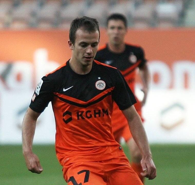 Adrian Rakowski od kilku sezonów jest zawodnikiem KGHM Zagłębia Lubin.
