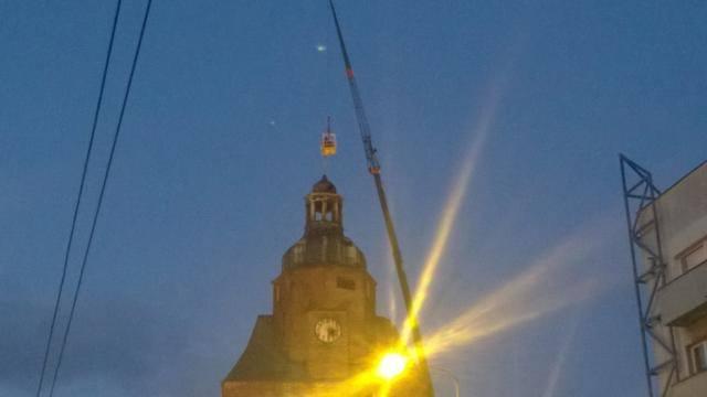 Pożar katedry w Gorzowie. Jest decyzja: trzeba zdemontować iglicę na nadpalonej wieży katedry