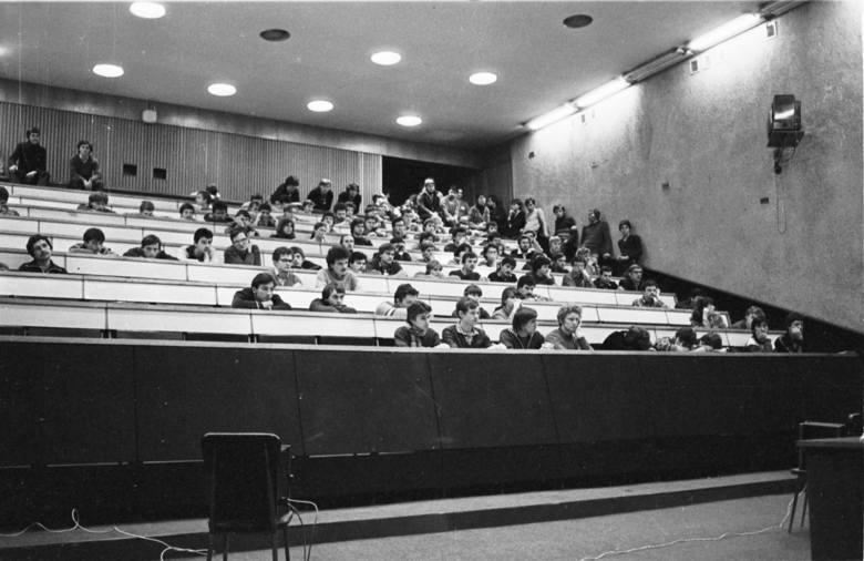 Próba przyzwoitości. W 1981 r. środowisko akademickie UŚ zrozumiało, że najtrudniejszym egzaminem jest ten z etyki