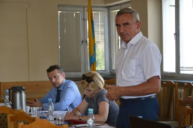 Do kandydatury Wacława Gajewskiego przekonywał radnych starosta Mirosław Belina...