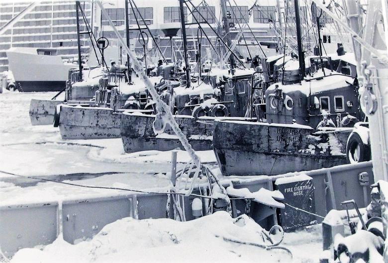 Takim zimowym widokiem Ustki zachwycali się wszyscy oprócz rybaków.