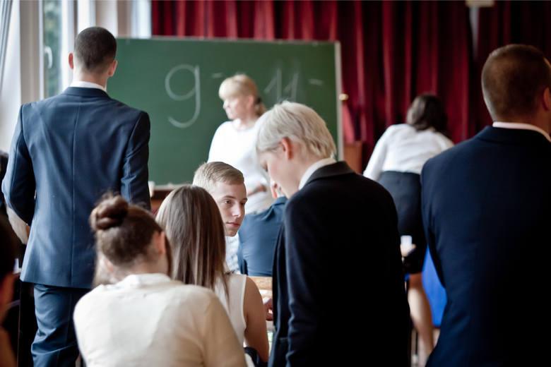 """Miesięcznik """"Perspektywy"""" co roku opracowuje rankingi polskich szkół. W opublikowanym właśnie najnowszym zestawieniu znalazło się 999"""
