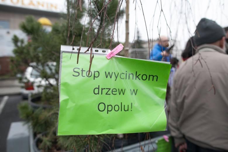 Objazdowy park Drzymały. Happening w Opolu.