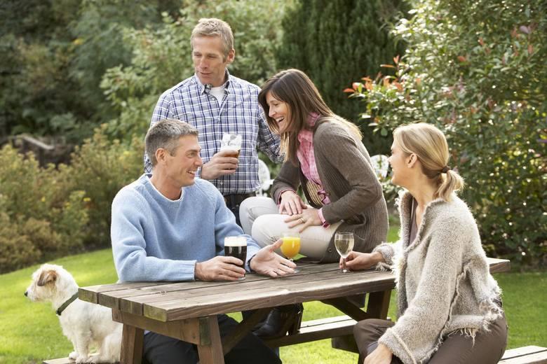 Spotkania wśród najbliższych, grill w plenerze, świętowanie urodzin, imienin lub narodzin dziecka to tylko niektóre okazje, którym najczęściej towarzyszy