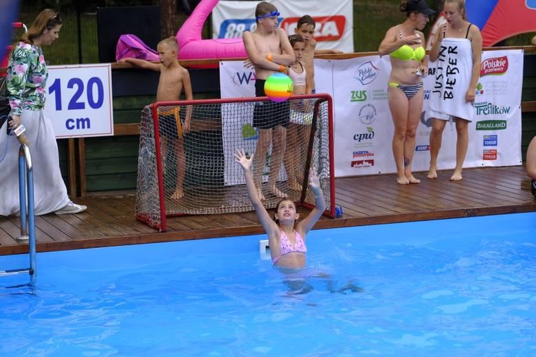 """W piątek (19.07) w godzinach od 14. do 17. na basenach letnich przy Szosie Bydgoskiej, obywała się kolejna już impreza pod nazwą """"All Day Beach"""