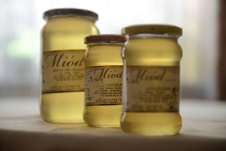 Miód to jeden z naszych regionalnych produktów regionalnych. Oby jak najdłużej