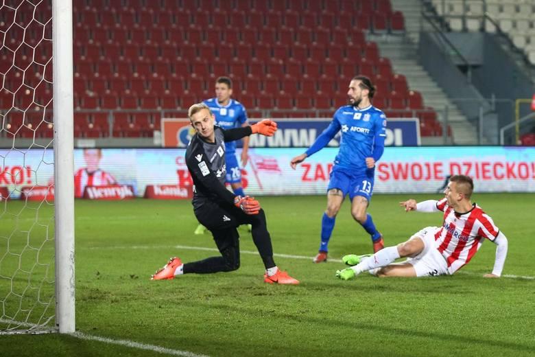 Występ Vujadonovicia w niedzielnym meczu był sporym zaskoczeniem.