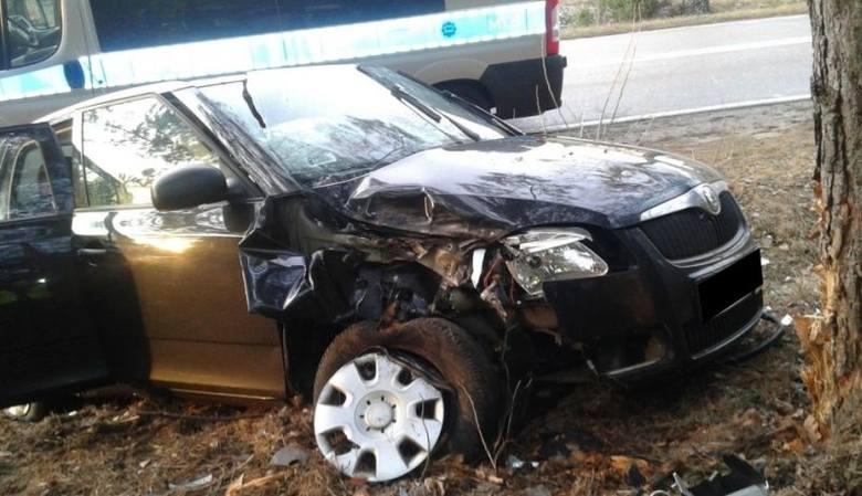 Ochremowicze. 38-latka Uderzyła w volvo i wjechała do rowu (zdjęcia)
