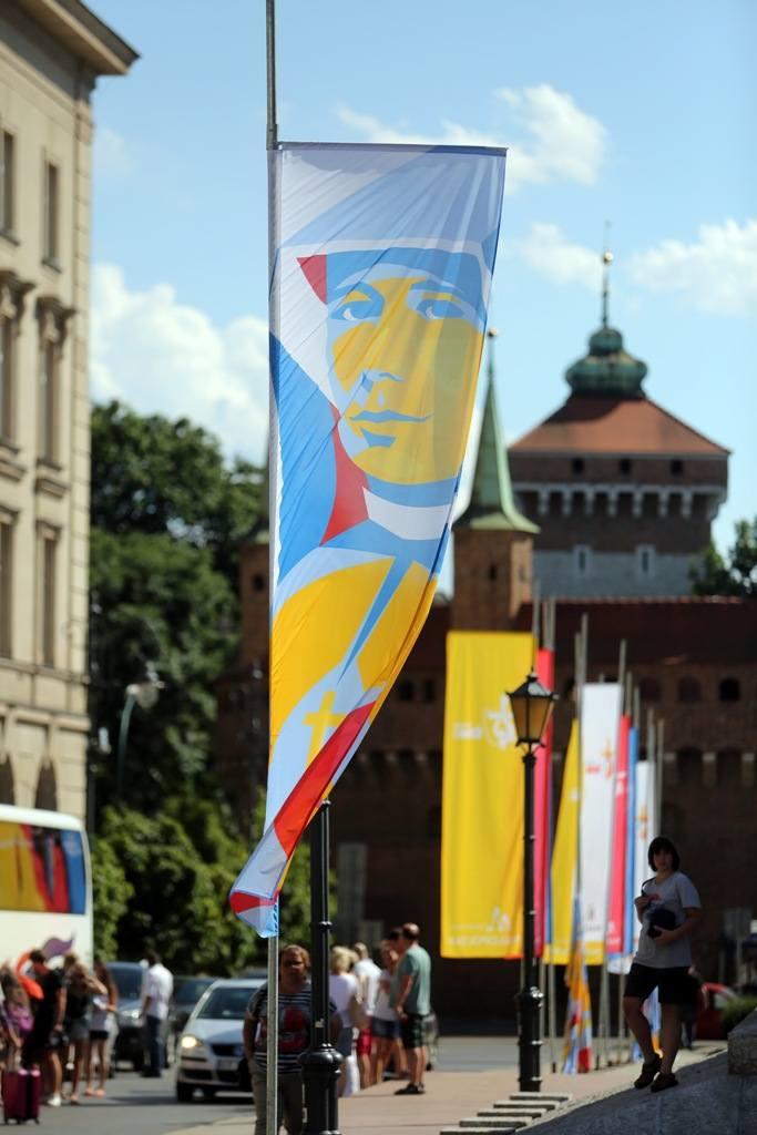 Kraków przystraja się dla pielgrzymów [ZDJĘCIA, WIDEO]