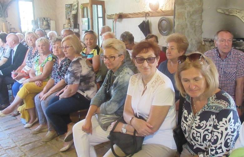 Klub Seniora Ustronie na Szlaku Ginących Zawodów w Kudowie Zdroju [ZDJĘCIA]
