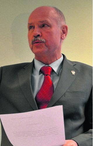 Czesław Pytlewski, wójt gminy Skierniewice<br /> 10039 złotych