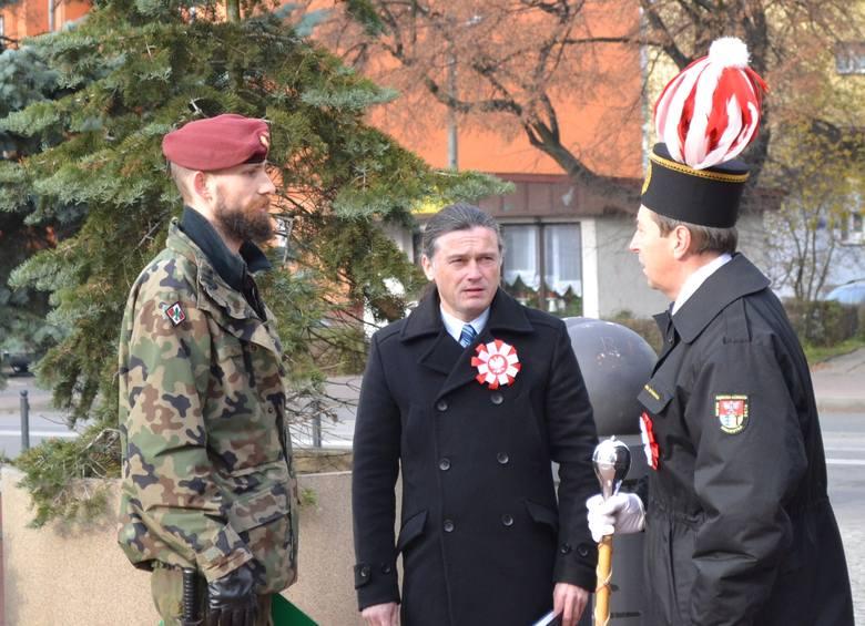 Uroczystości z okazji 11 Listopada w Dąbrowie Górniczej-Gołonogu