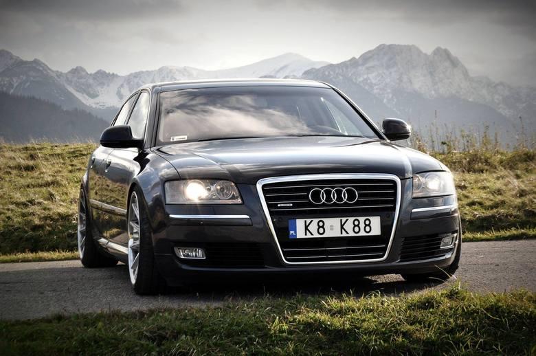 Audi A8 D3, 2008 r.Włożyłem dużo serca i czasu w to, aby samochód wyglądał ładnie. Samochód dość rozpoznawalny, szczególnie wśród użytkowników Audi :)Jeśli