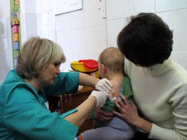 Zapytaliśmy naszych Czytelników, co sądzą o dodatkowych punktach za szczepienia przy naborze do przedszkoli. Z takim pomysłem wyszedł ostatnio radny
