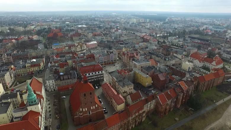 Grudziądz to piękne miasto. Jak jest widziane z lotu ptaka? Możecie się przekonać, oglądając nasze wideo z drona. Grudziądz widziany z lotu ptaka