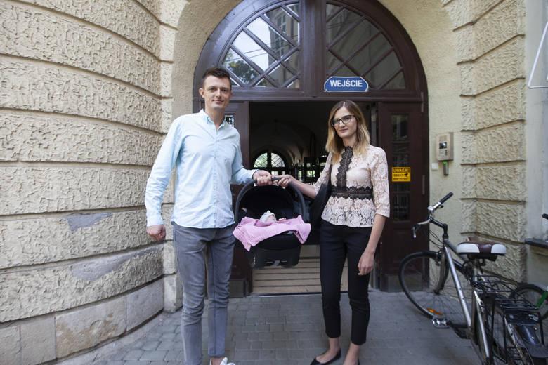 Kraków. Ostatnie z rodzeństwa sześcioraczków opuściło dziś szpital