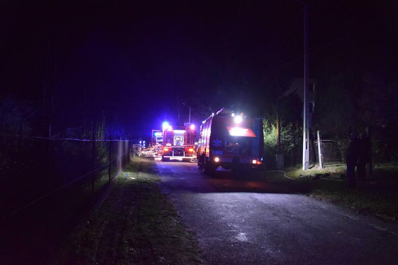 Dramat w Nadziejowie pod Nysą. Dwóch mężczyzn zginęło w pożarze, ranny jest 9-letni chłopiec