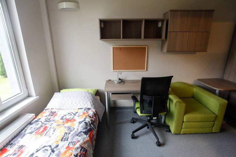 Mieszkanie 3-pokojowe w Toruniu: 189,7 tys. złObszerne, 3-pokojowe mieszkanie w Toruniu licytowane będzie przez komornika 19 stycznia. Licytacja odbędzie