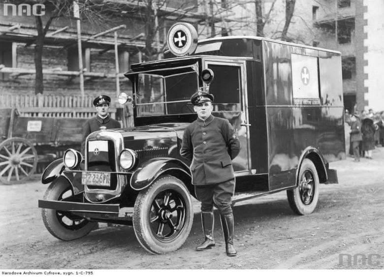 Pierwsza karetka Lekarskiego Pogotowia Ratunkowego im. Marszałka Piłsudskiego w Poznaniu, 1929 rok