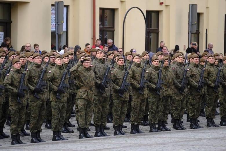 Wakacje w mundurze? Wojska Obrony Terytorialnej szkolą chętnych! Za dwa tygodnie odbędzie uroczysta przysięga!