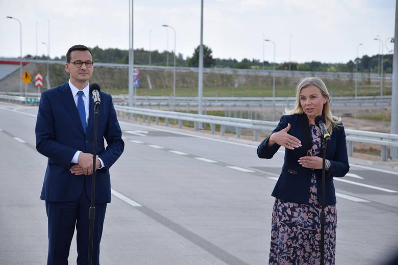 Jak podkreślał premier Morawiecki, budowa i oddanie do użytku autostrady nie jest pracą jednej kadencji, ale efektem wieloletniej współpracy na rzecz