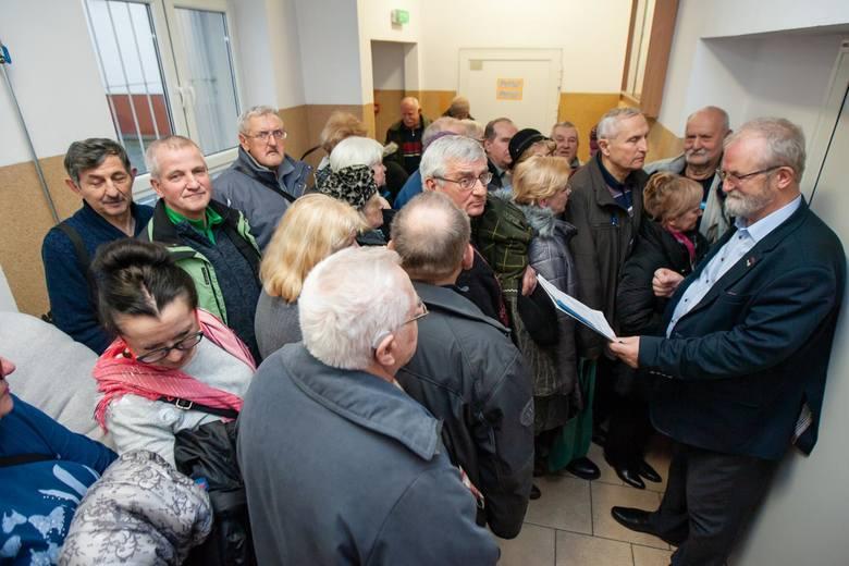 Trzynasta emeryturaPo podwyżkach trzynastka w 2021 r. będzie wynosić 1250 złotych brutto.