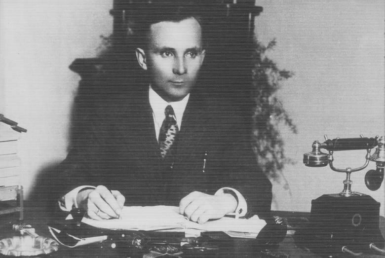Stanisław Jasiński jako urzędnik Lubelskiej Izby Rolniczej około 1935 r.